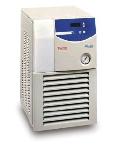Merlin™ Recirculating Chillers - M150 LR 230/60 CP55 L/LF RS232